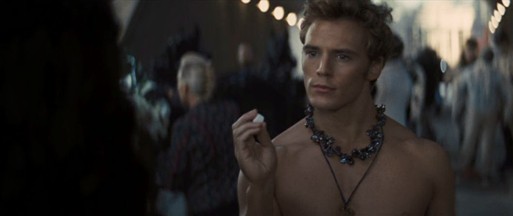 Sam Claflin | DC's Men of the Moment